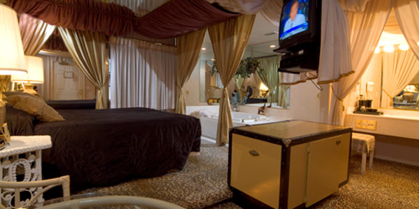 Click Here For More Fantasy Inn And Wedding Chapel Tahoe Ca