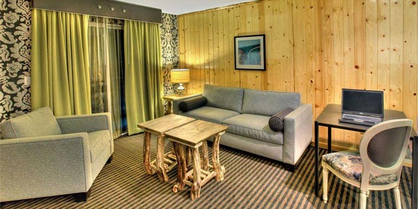 3 Peaks Hotel Lake Tahoe California