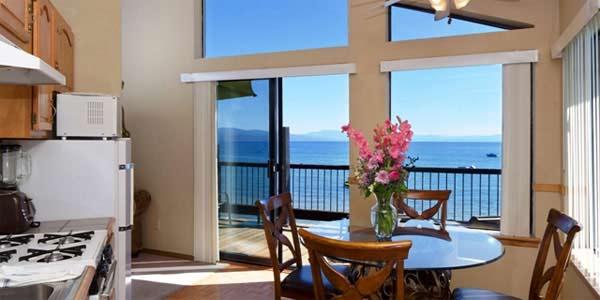 Mourelatos Lakeshore Vacation Homes