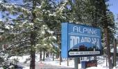 Alpine Inn And Spa Front Entrance