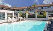 Americas Best Value Inn Hotel Swimming Pool