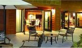 Hampton Inn and Suites Tahoe Truckee Sitting Area
