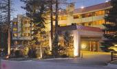 Tahoe Seasons Resort Hotel Front Entrance