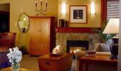 The Village at Squaw Valley Hotel Guest Suite with Fireplace