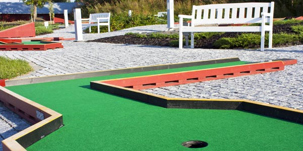Magic Carpet Mini Golf